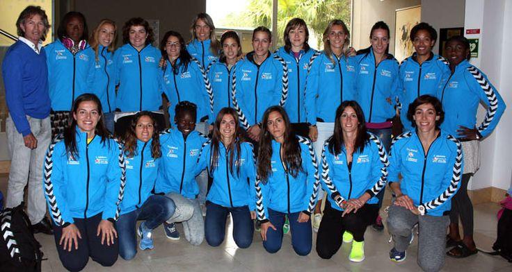 Foto de familia de las campeonas de Europa