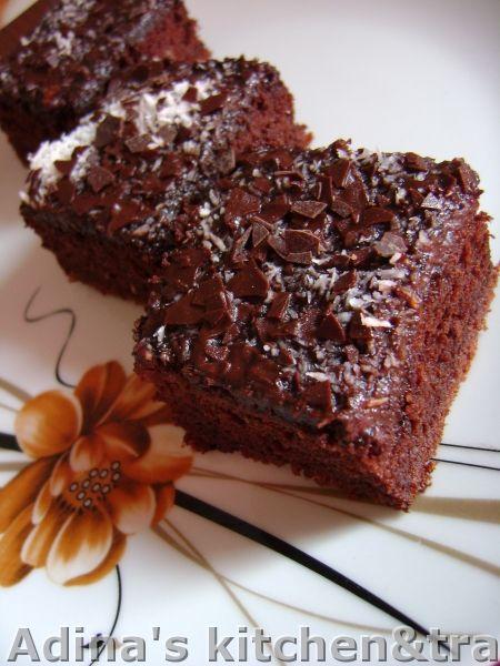 Adina's kitchen & travel: Negresa cu fulgi de ciocolata