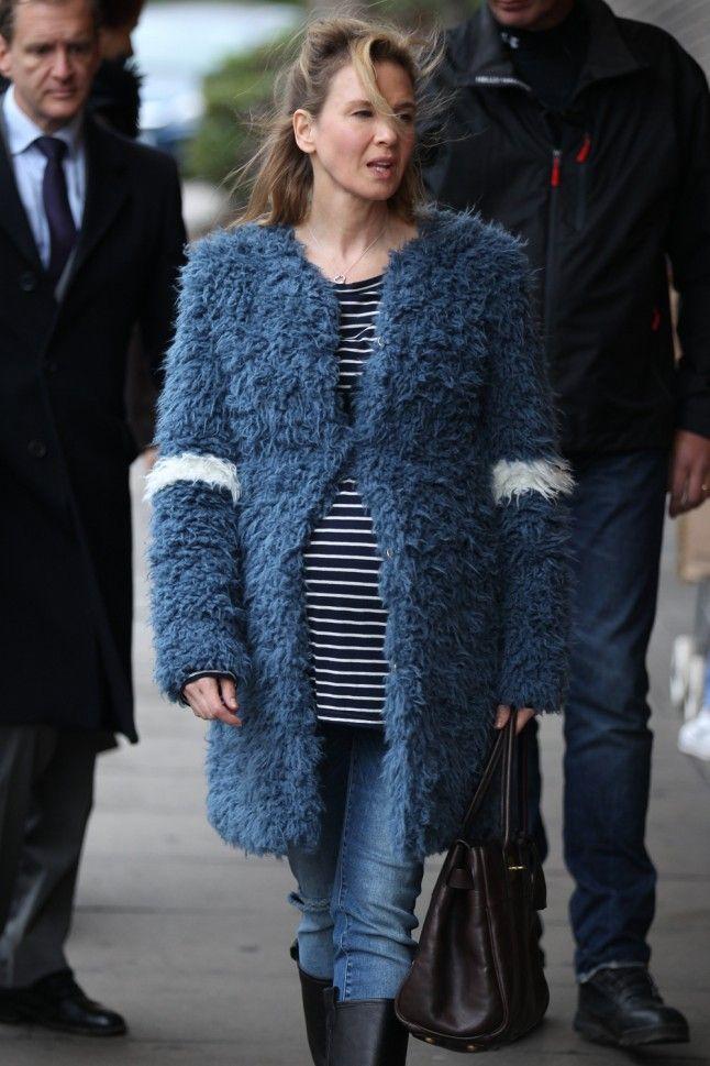 Bridget Jones' Diary 3: Bridget Jones' Baby   Marie Claire DONT KNOW WHY BUT I LOVE THAT COAT