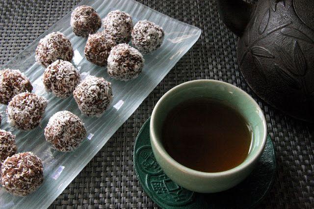 Chokladbollar : gourmandise suédoise au cacao et noix de coco  Sans gluten, sans lactose
