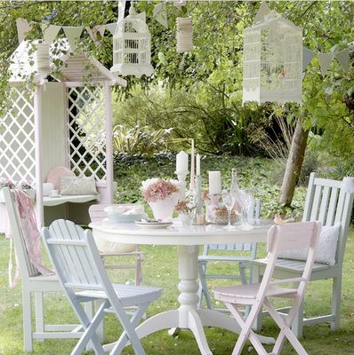 Beautiful pastel garden