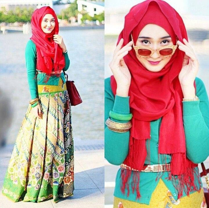 Adorable batik mix by Dian Pelangi. Hijab fashion.. ♥