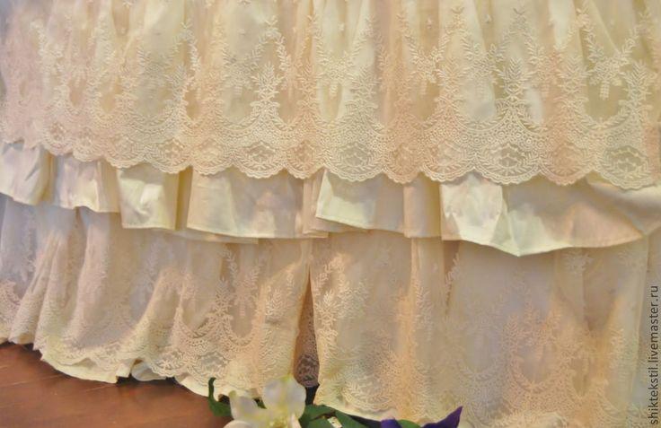 Купить Подзор-юбка для кровати с шикарным кружевом.Подарок на свадьбу. - лимонный, кружево на сетке, кружево
