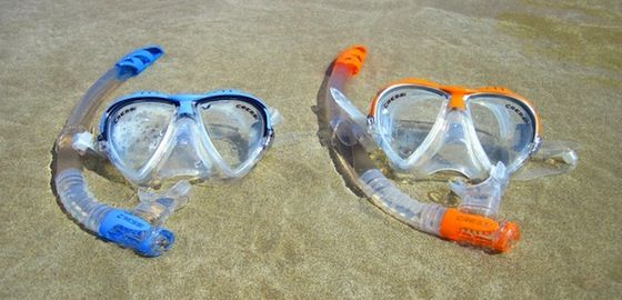 How To Snorkel   	  	Snorkel like a pro with these simple tips  	Equipment is king when it comes to being comfortable snorkeling, equipment that fits properly and more importantly, knowing how to actually use your equipment. But deal...