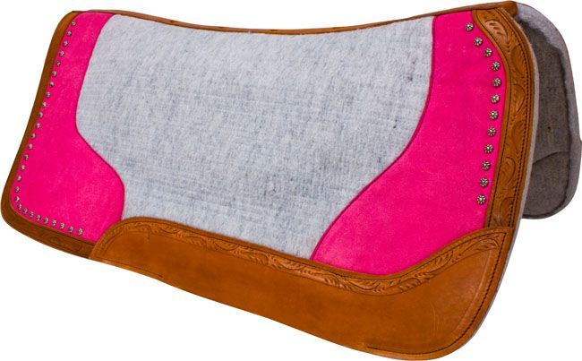 Cute Pink Western Saddle Pad. LOVE IT! http://www.saddleonline.com/Western-accessories-Saddle-Pads/c49_65/p18132/Pink-Studded-Grey-Contour-Felt-Western-Saddle-Pad/product_info.html