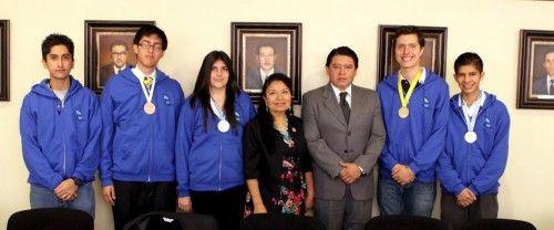 Reconoce UASLP a medallistas de la olimpiada de Biología