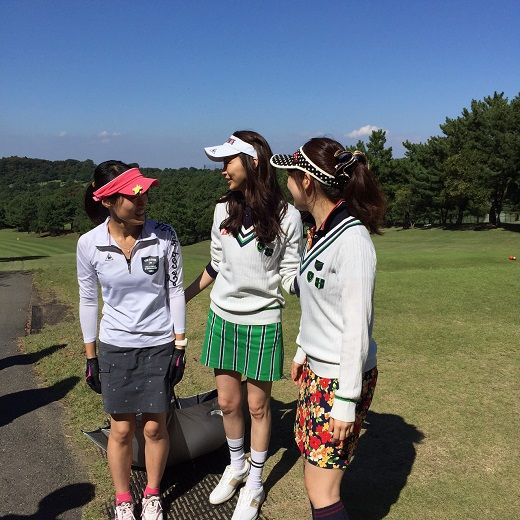 その日、初めて会った女性50人と男性50人が、真っ青な空と目に眩いグリーンの中へ、手と手を取り合って駆け出す・・・ゴルフという、共通の趣味だけをきっかけに。10月12日(月・祝)、暑くもなく寒くもない理想的な秋晴れの日に、古都・鎌倉で、恋が生まれるかもしれない!?ゴルフイベントが開催されました。その...
