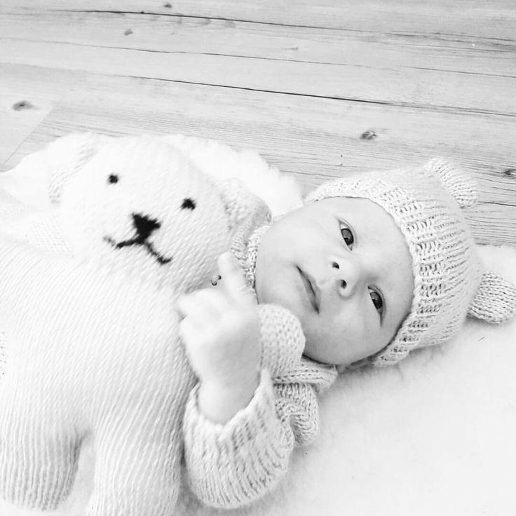 #bearhugs baby knit wear