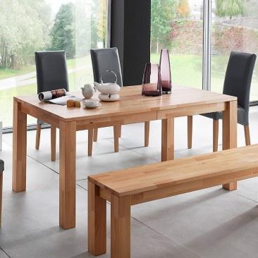 Esprit bois et nature avec cette table de salle à manger...