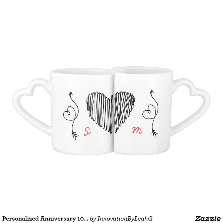 Add The Wedding Anniversary couples initials to the front and the number of years married along with the wedding anniversary date to eprsonalize this modern 'scribble doodle' style heart mug set. Suitable for milestone wedding anniversaries and any number of years married including: 1st 2nd 5th 10th 15th 20th 25th 30th 35th 40th 45th 50th 55th 60th Lovely commemorative wedding anniversary gift set for couples including gay, lesbian,lgbt couples #weddinganniversary #personalizedgifts