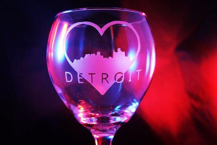 Detroit glass pint glass pilsner glass weisner glass