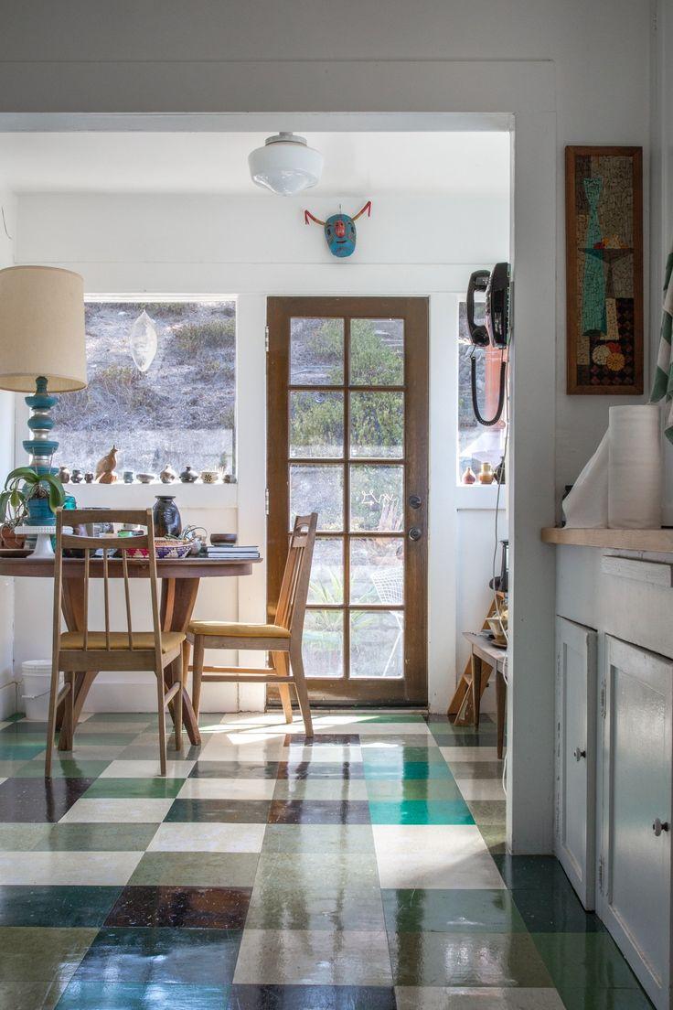 Erin's Eclectic Mystic Home & Traveling Tarot Caravan