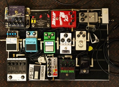 14 best pedalboard images on pinterest guitar pedals guitars and pedalboard ideas. Black Bedroom Furniture Sets. Home Design Ideas