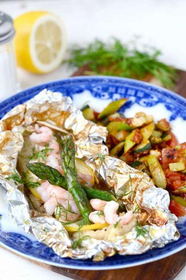Slå in torsken i folie för extra lyxkänsla. Nyttigt, enkelt och supergott recept!
