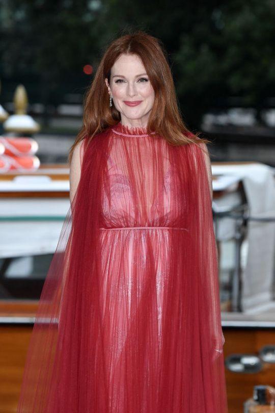 Jen červená to může být | Marianne