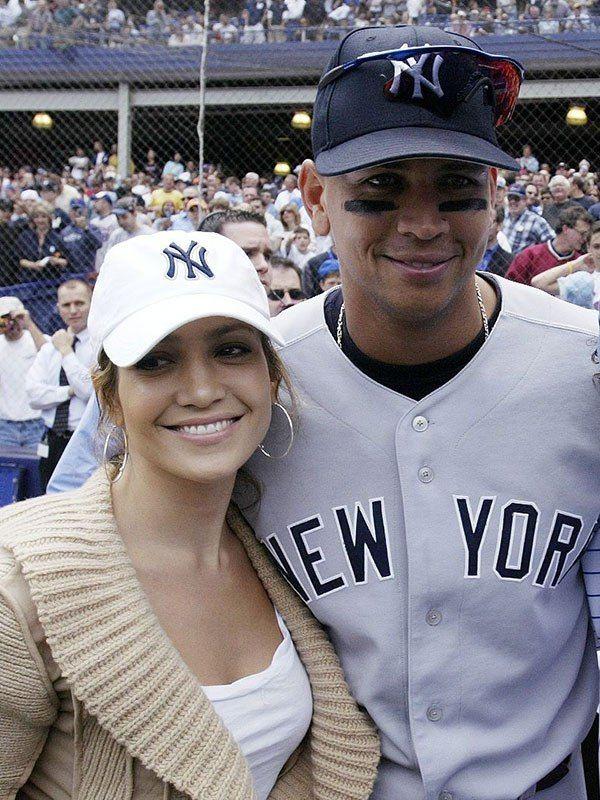 9085941e2e96e1 Jennifer Lopez & Alex Rodriguez at a New York Yankees game in May 2005  (REX/Shutterstock)