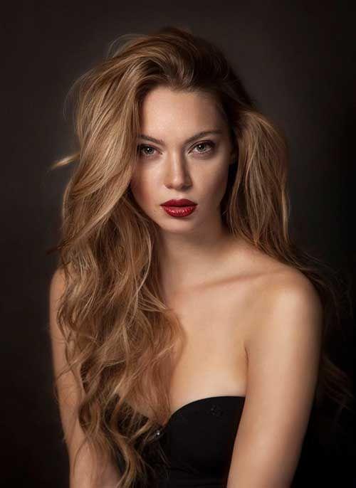 Hairstyle 12.Long Blond foncé                                                                                                                                                                                 Plus