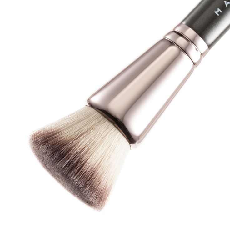 Makeup Geek Brush - Foundation Stippling Brush - Face Brushes - Brushes
