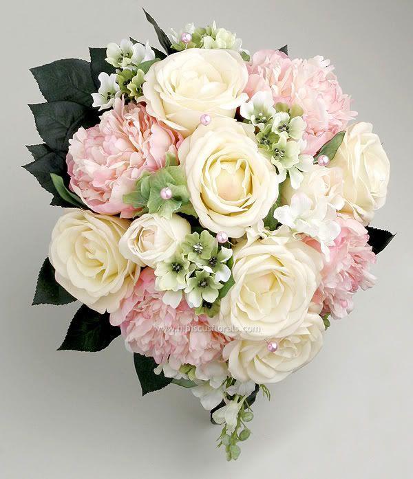 buket med roser pæoner og ornitogalum