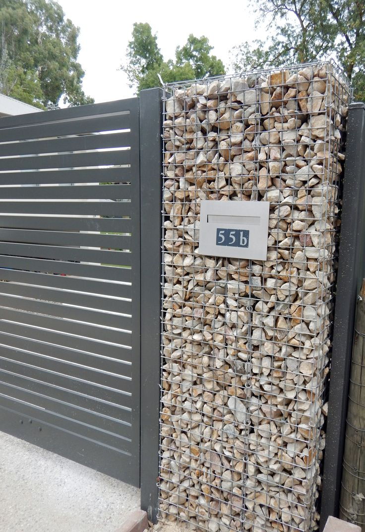 Rockweld Gabion with letterbox