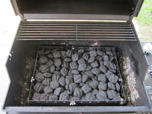 how to build a charcoal fire for grilling