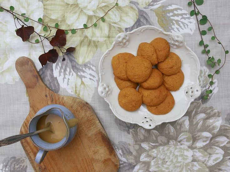 Petite Kitchen's little honey biscuits -