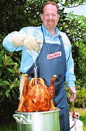 A Deep Fried Delicacy: The How-To on Deep Frying Turkey   Eatturkey.com
