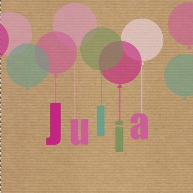 Een vrolijk geboortekaartje van ouderwets bruin pakpapier met daarop kleurige balonnen en de meisjesnaam