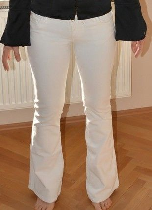Kaufe meinen Artikel bei #Kleiderkreisel http://www.kleiderkreisel.de/damenmode/schlaghosen/127276944-miss-sixty-extra-low-ty-cordhose-weiss-gr27