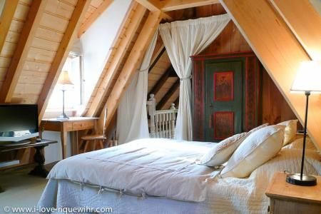Gite Riquewihr et Vacances en Alsace - Gites luxe a Riquewihr pres de Colmar. Sejour en amoureux ou en famille. Week-end romantique en Alsace.