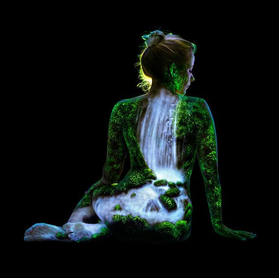 body painting--peinture corporelle--pintura corpal - Collections - Google+ The Bob Ross of Black Light Body Painting