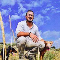 Evaluación de la influencia de la terapia asistida por animales de compañía en salud mental : tesis doctoral / José Luis Fontalba Navas ; dirigida por Miguel Muñoz-Cruzado y Barba
