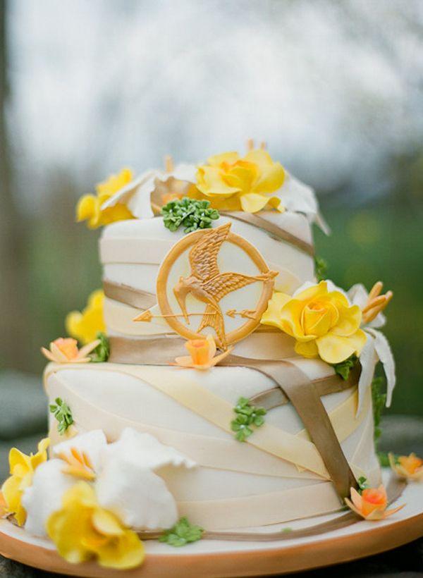 "Community Post: ""Hunger Games"" Themed Wedding"