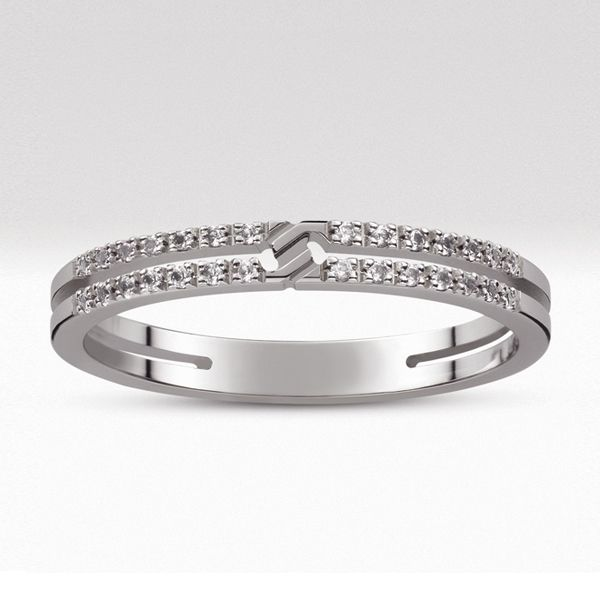 「GUCCI INFINITY リング パヴェ」 グッチの結婚指輪・マリッジリングの一覧。