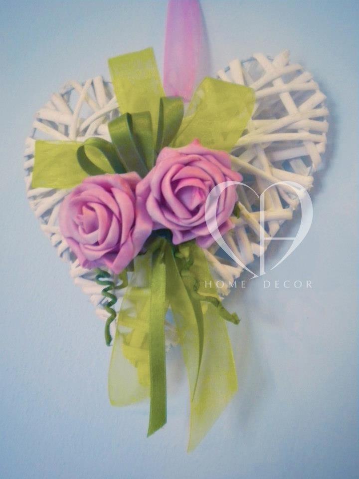 rose morbide  decorazione in doppio raso e organza