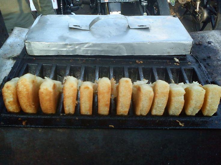 Kue Buroncong Lezatnya Kue Tradisional Khas Makassar - Kuliner Makassar