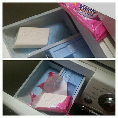 Colocar uma barra de sabão Vanish no mesmo compartimento que coloca-se o sabão (em pó ou líquido) e deixar o mesmo lá até acabar.   ...