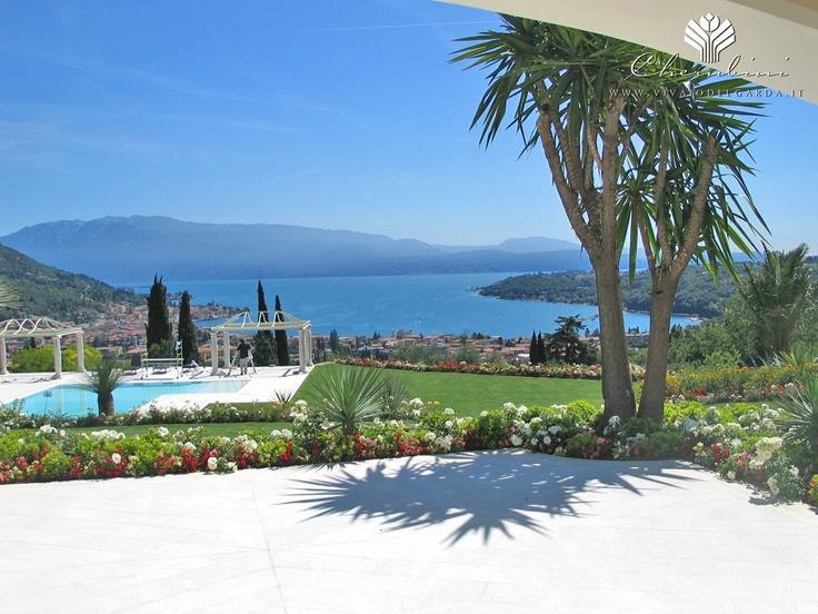 Copyright © www.vivaiodelgarda.it  Il Giardino senza fine - Uno scrigno verde per i segreti del lago