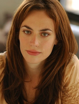Tara / Maggie Siff ♥  I'm pretty sure this is the color I want, we'll close
