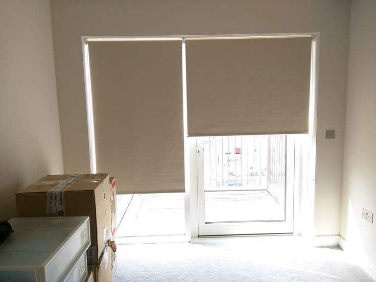 Blackout roller blinds - beige