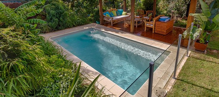 The Entertainer 4.5m is a sleek rectangular pool designed to fit seamlessly into any modern backyard - Freedom Pools and Spas WA