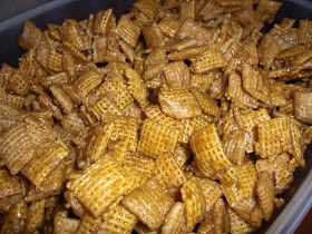 Amy's Goodies: Caramel Chex Mix