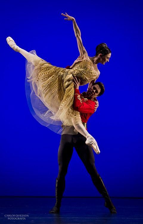 Matther Golding & Anna Tsygankova in Cinderella / Royal Ballet & Het Nationale.  Photo by Carlos Quezada
