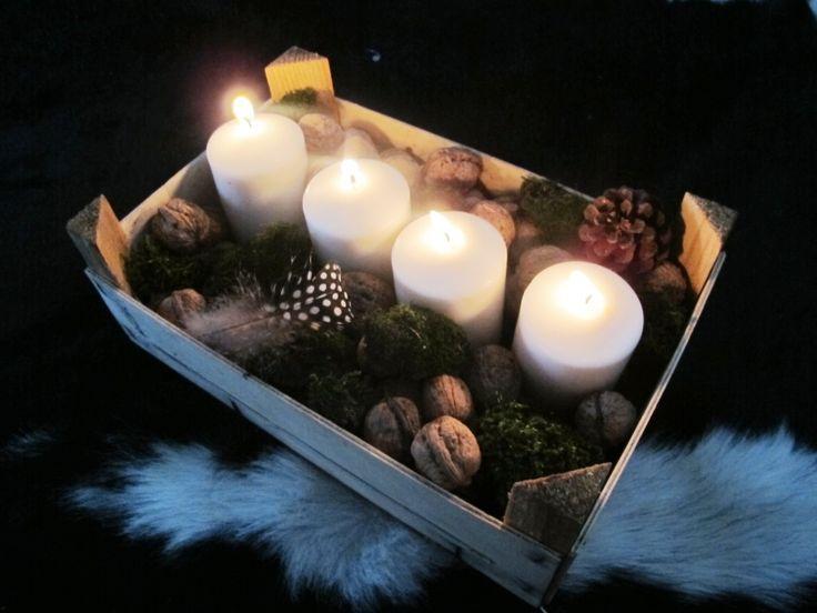 Adventní svícen z bedýnky na ovoce