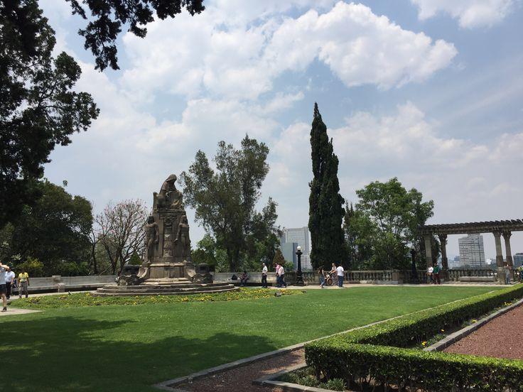 Jardines castillo chapultepec CDMX
