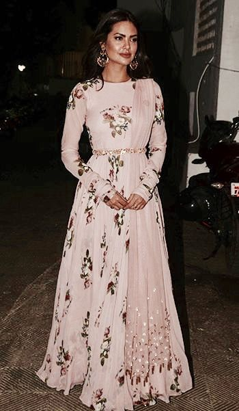 //this pale pink floral lehenga from Mahima Mahajan/follow @lovecholi for updates