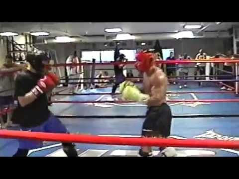 Chuck Liddell Vs Phil Baroni with Dana White ring side – MUST SEE!