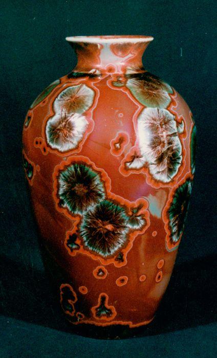 Red based Crystalline Glaze Pottery by Jon Price http://www.jonpriceceramics.com/Gallery/Vase-2-1.jpg
