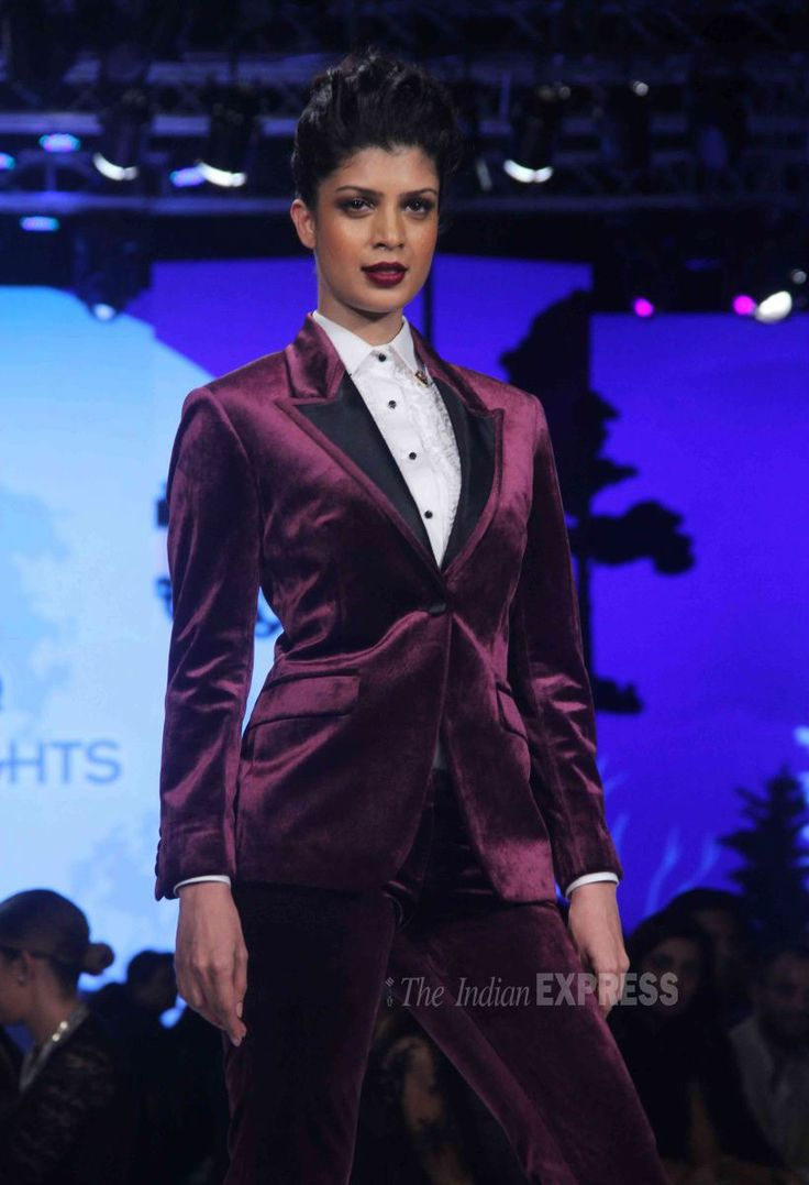 Tina Desai at the Van Heusen GQ Fashion Nights 2015. #Bollywood #Fashion #Style #Beauty #Hot #Sexy