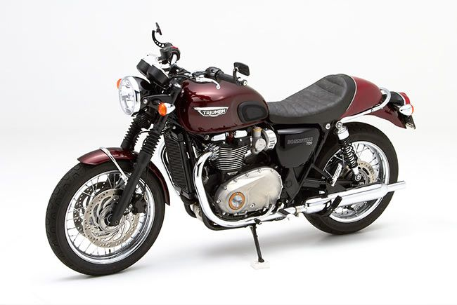 Triumph Bonneville T120 with Corbin Saddle and handlebar mirrors